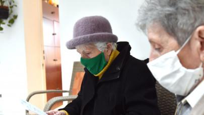 Jöhet a sírig tartó munka: a magyarok negyedének fogalma sincs, miből fog élni idős korában