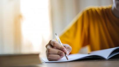 Óriási változás élesedik az érettségi vizsgákon Magyarországon: mostantól erre kell készülni