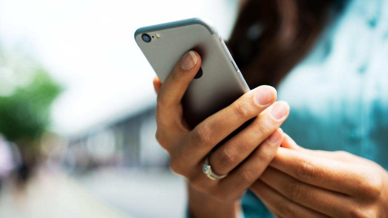 Hiába méregdrága, kapkodnak utána: kiderült, melyik a magyarok kedvenc iPhone-ja