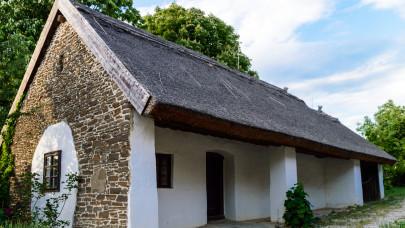 20 millióba sem fájt ez a hagyományos magyar parasztház: csodás otthont varázsoltak belőle