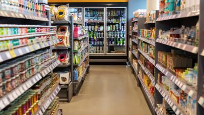 Iszonyatosan pörögnek a magyar a boltok: a váslág után még többet vásárolnak a magyarok