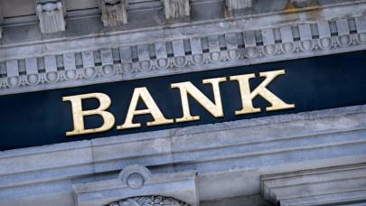 Zúgolódik a bankszövetség: méltánytalannak tartják a kötelező visszafizetéseket