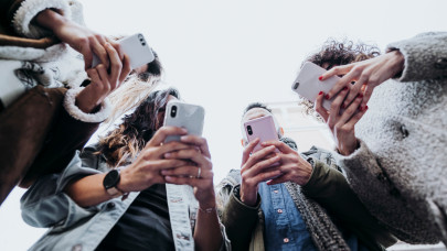 Rengeteg magyar kaphat ilyen SMS-t év végéig: ennek nem fognak örülni