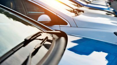Már a használt kocsik ára is az egekbe kúszik: ez csak a kezdet, meglesz még a böjtje a chiphiánynak