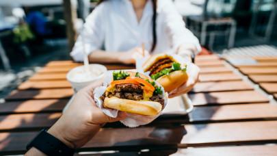 Végre meglépte a Meki is: hamarosan érkeznek ezek a hamburgerek!