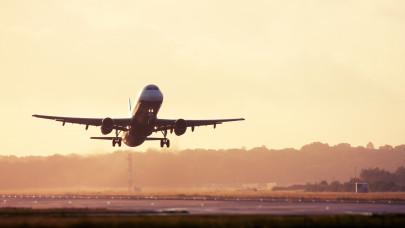 Érik az óriási üzlet? Több fapados légitársaság is összeolvadhat