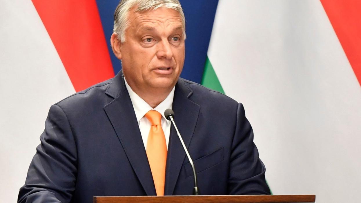 Budapest, 2021. szeptember 8.Orbán Viktor miniszterelnök az Ana Brnabic szerb kormányfõvel tartott sajtótájékoztatón Budapesten, a Karmelita kolostorban 2021. szeptember 8-án.MTI/Máthé Zoltán