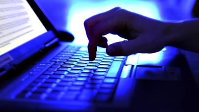 Sötét titkot rejtenek a közösségi hálóra ráfüggő magyarok gépei: ezért nem árt vigyázni