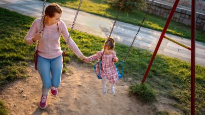 Ezt sok szülő nem tanítja meg otthon: később a gyerek egy életen át fizeti az árát