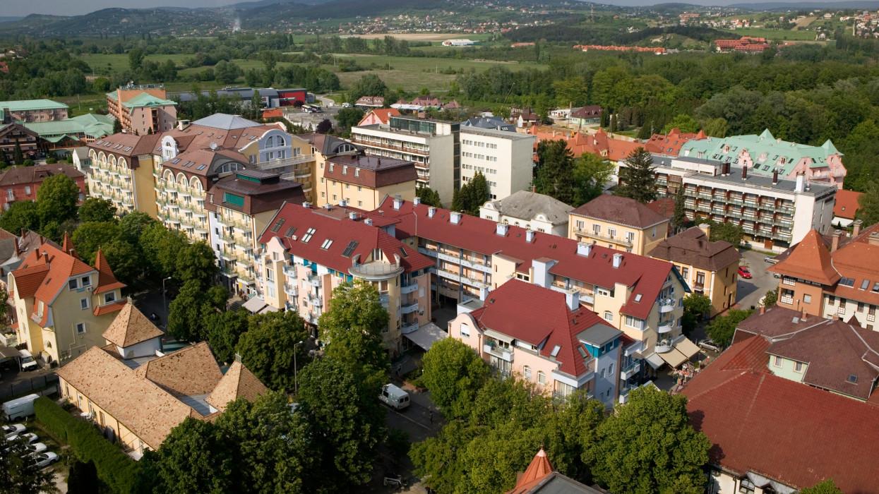 A magyar lakáspiacnak is betesz a klímaváltozás: ezeknek az ingatlanoknak robbanhat az ára
