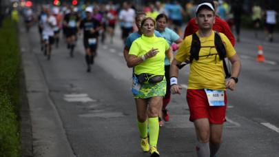 Ma ismét felborul a pesti közlekedés: futóverseny okozza a galibát