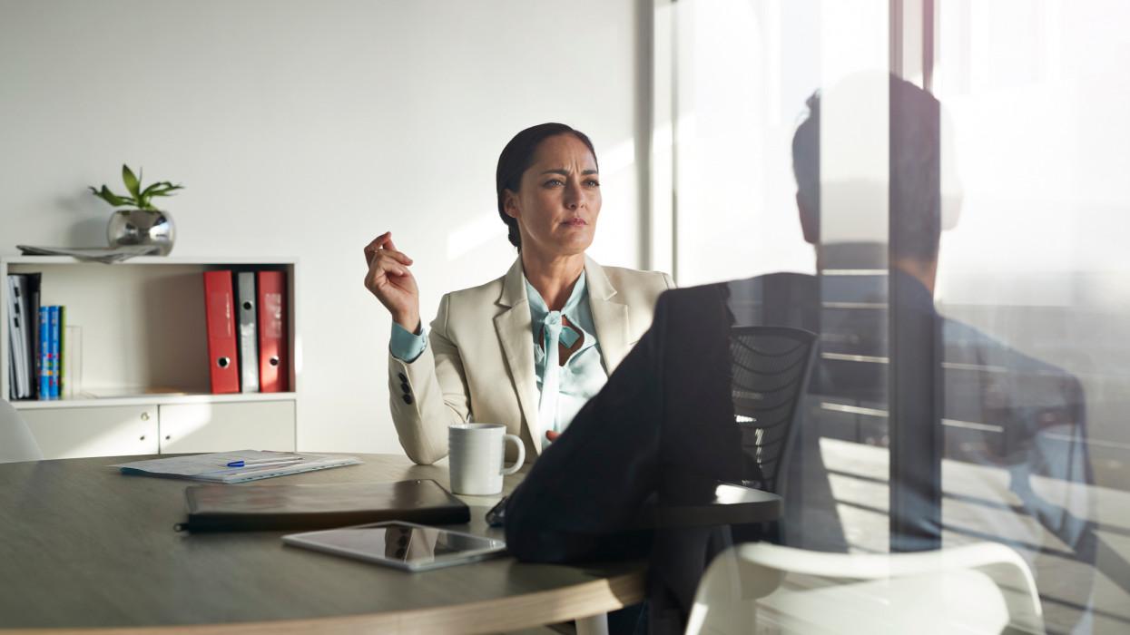 Veled is így viselkedik a főnököd? Lehet, nagyobb a baj, mint hinnéd: orvosi segítség kellhet
