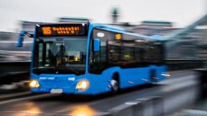 Újabb pesti buszjáraton lesz első ajtós felszállás: már itt sem lehet majd bliccelni