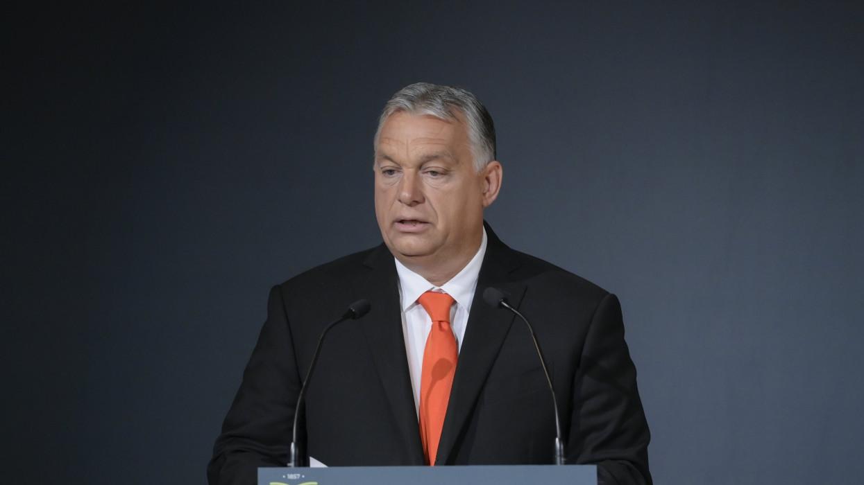 Sárospatak, 2021. szeptember 25.Orbán Viktor miniszterelnök beszédet mond a Tokaj-Hegyalja Egyetem tanévnyitó ünnepségén Sárospatakon 2021. szeptember 25-én.MTI/Koszticsák Szilárd