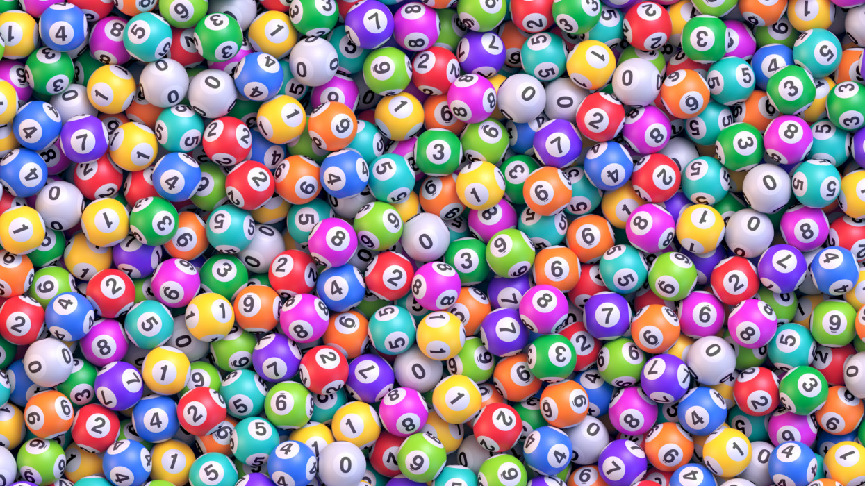 Pile of multicolored lottery balls. Lot of bingo balls with numbers. Realistic vector background cimlapi