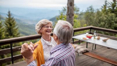 Hivatalossá vált: fixen ekkora summa üti a nyugdíjasok markát 2021-ben