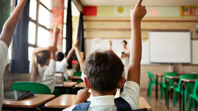 Indul a tárgyalás a tanárbérekről: ekkor hallgatja meg az Emmi a sztrájkbizottságot