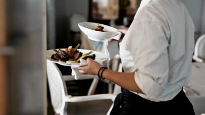 Óriási változás közeleg a vendéglátóhelyeken: a vendégeknek is tudnia kell