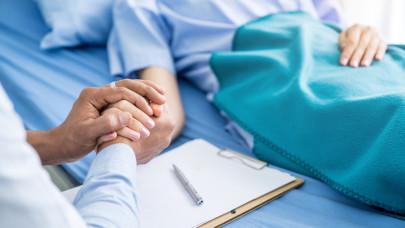 Veszélyes jelenség terjed a járvány árnyékában: csúszhat, elmaradhat rengeteg daganatos beteg kezelése