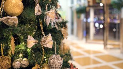 Egyre korábban indul a karácsonyi vásárlási láz: megrohanták a boltokat, webshopokat a magyarok
